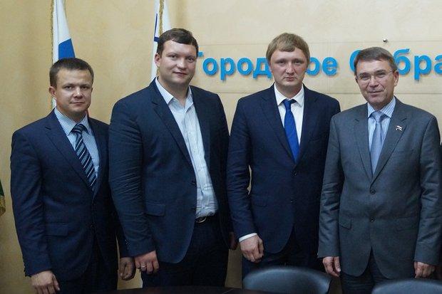 Роман Голышев, Иван Матвеев, Антон Малышев и председатель Городского Собрания Сочи Виктор Филонов