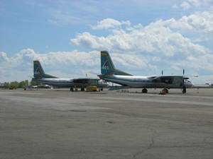 Самолеты авиакомпании «Ангара». Фото с сайта www.angara403.ru