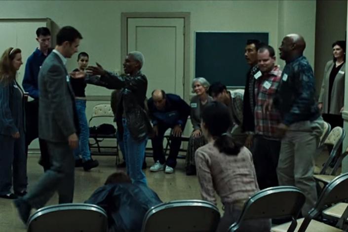 Кадр из фильма «Бойцовский клуб». Скриншот видеообзора на Youtube.com