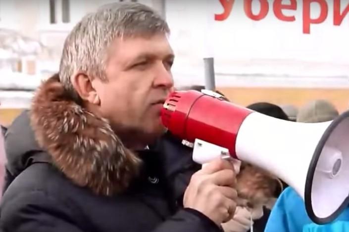 Алексей Красноштанов на митинге против пыток правоохранительных органов. Скриншот видео