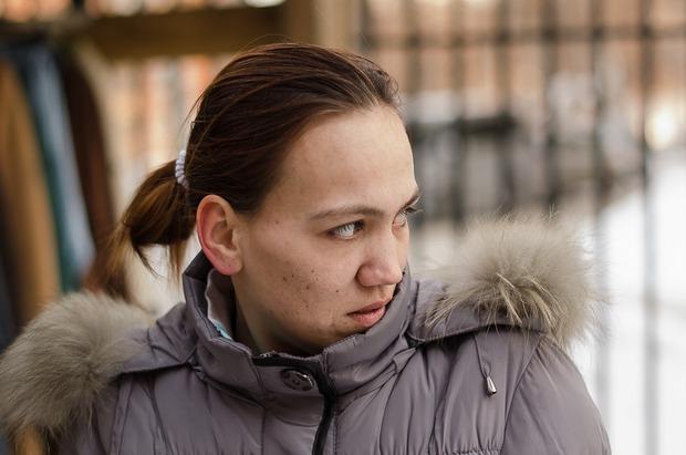 Галина помогает в благотворительной «столовой»