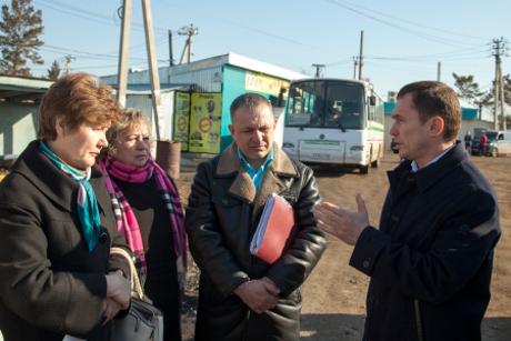 На встрече с жителями садоводства. Фото пресс-службы администрации Иркутска