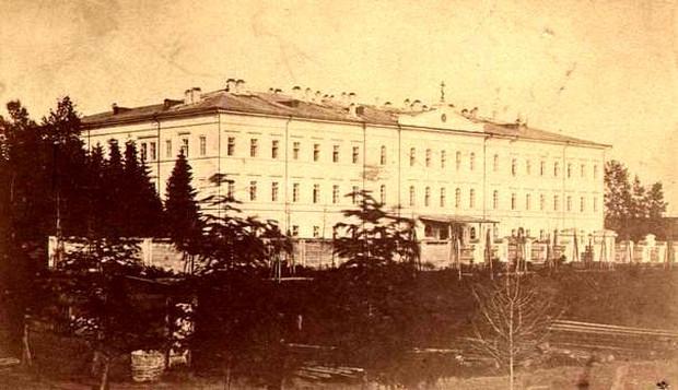 Второе здание девичьего института. Из фондов Иркутского областного краеведческого музея