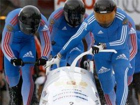 Экипаж Александра Зубкова на ЧЕ-2009. Фото с сайта news.sportbox.ru.