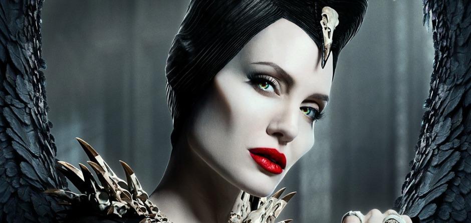 Анджелина Джоли в роли Малефисенты. Фото с сайта www.kinopoisk.ru