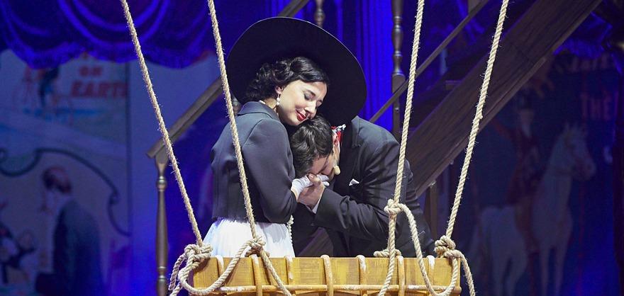 Людмила Шер в роли Теодоры Вердье в спектакле «Принцесса цирка»