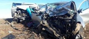 Обзор ДТП: мотоциклист под колесами грузовика и два погибших пешехода
