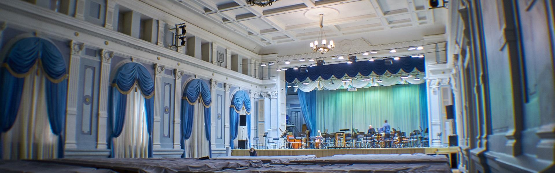 Театры ждут зрителя: как пережили ограничения и подготовились к открытию