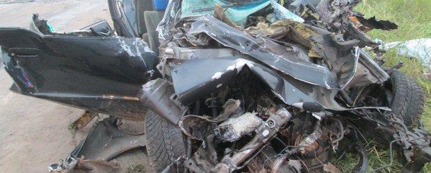 Обзор ДТП: смертельное столкновение с тепловозом и смерть рабочего при разгрузке машины