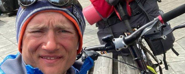Как иркутянин пересек Байкал на велосипеде за три дня и шесть часов