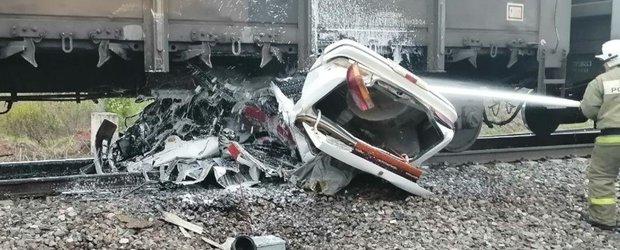 Обзор ДТП: смертельное столкновение с поездом и дважды сбитый пешеход