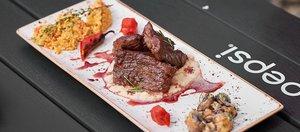 В пикник-парке «Якоби» состоялся кулинарный баттл «Вкус огня»