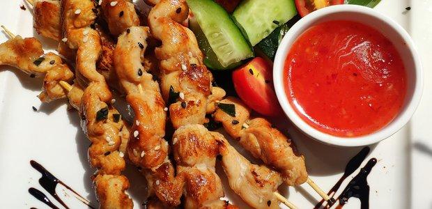 Где попробовать тайские блюда в Иркутске?
