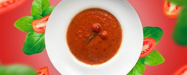 Готовит Наташа: суп из печеных томатов и рататуй