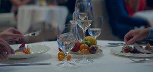 Топ-10 отзывов о ресторанах за апрель
