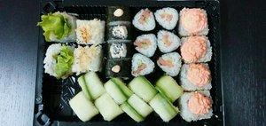 Доставка от «Трех самураев»: вкусные роллы и харакири-сервис