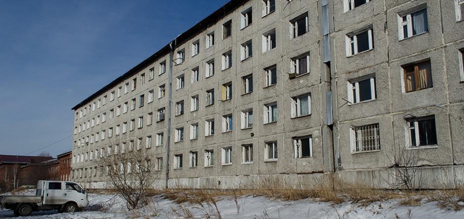 Законсервированное общежитие. Автор фото — Илья Татарников