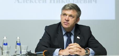 Алексей Красноштанов: «Когда прогуливаю Госдуму, знаю, мои 60 тысяч уйдут в бюджет»