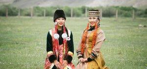 Увидеть обряд шаманов и станцевать ёхор вокруг горы