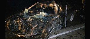 Обзор ДТП: грузовик разорвал Honda
