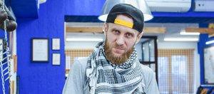 Как отрастить бороду и о чем говорят мужчины во время стрижки