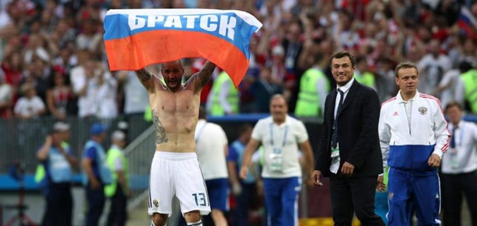 Федор Кудряшов после матча Россия — Испания. Фото из группы «Удивительный Братск»
