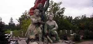 Памятник борцам за советскую власть: от революции к реставрации