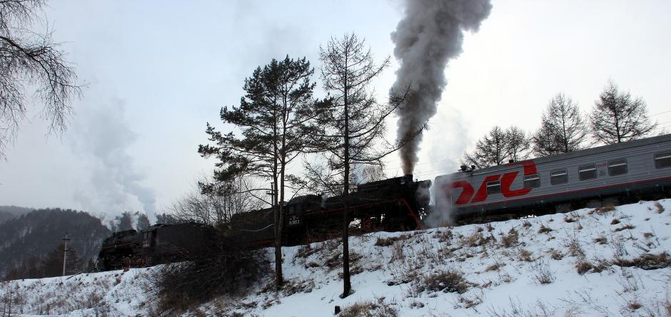 На паровозе в зимнюю сказку