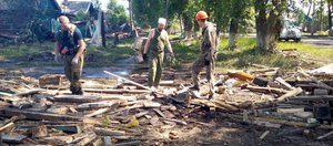 Волонтеры, прибывшие из Тулуна: Там всем нужна помощь
