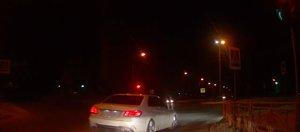 Автохам: Mercedes на красный