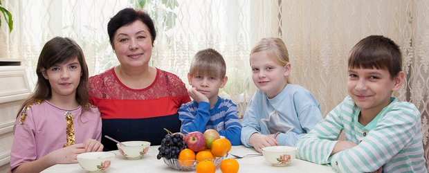 История мамы, у которой пятеро приёмных и двое родных детей