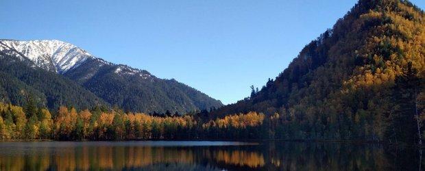Кому приносит прибыль отдых туристов на Тёплых озерах? Расследование журналиста IRK.ru