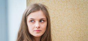 «В квартирах невозможно дышать»: сироты из Ангарска о проблемах с жильем