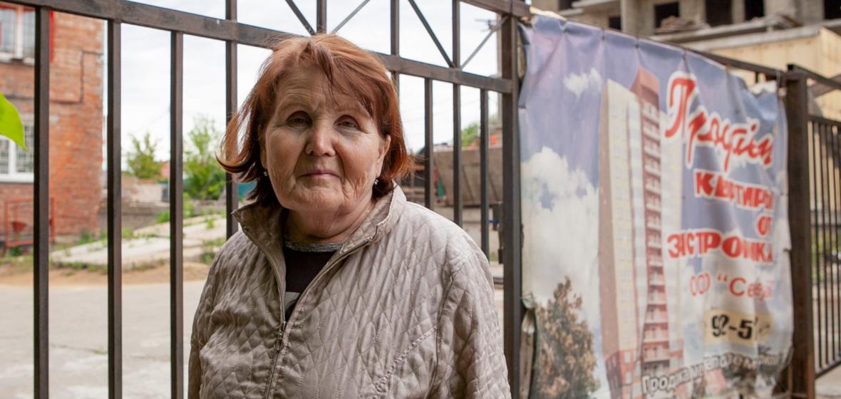 Раиса Николаевна, одна из дольщиц недостроя на улице Радищева. Фото Анастасии Влади