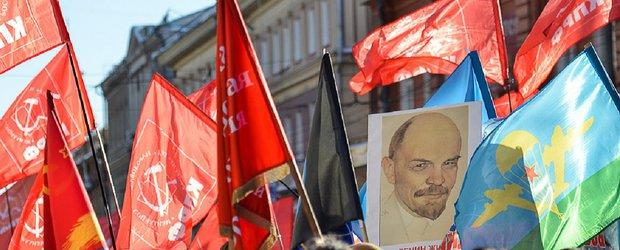 КПРФ застряла в медных трубах, или Почему коммунисты покидают партию
