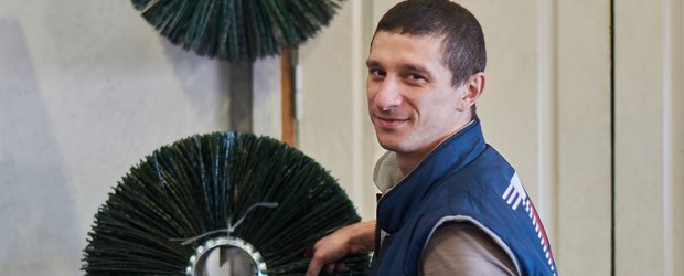 Иркутский завод снабжает всю Сибирь и Дальний Восток щеточной продукцией для уборки дорог