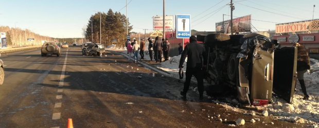 Обзор ДТП: смертельное столкновение с грузовиком