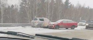 10-балльные пробки в Иркутске из-за снегопада утром 2 декабря