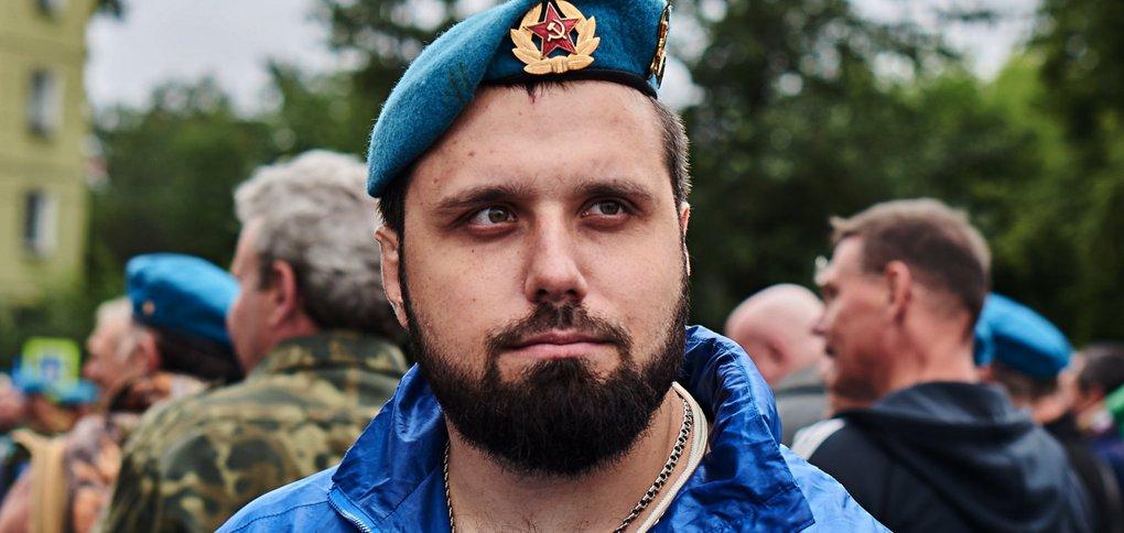 В Иркутске отметили 90-летие со дня основания Воздушно-десантных войск.