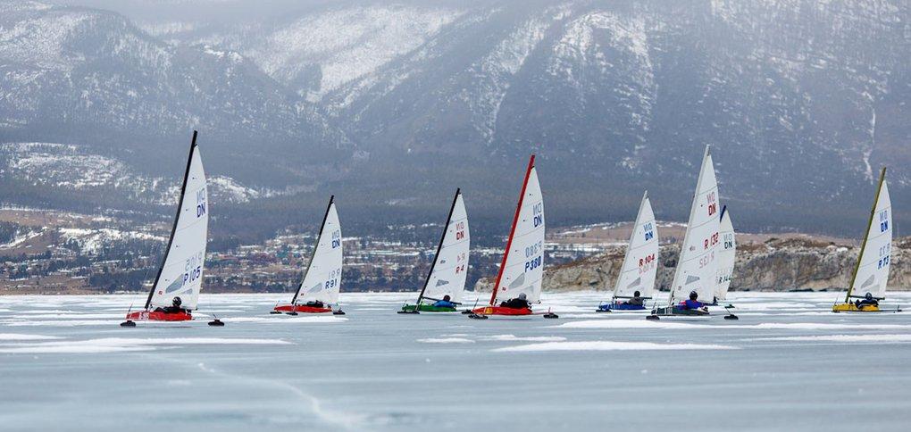 Фотографии с соревнований яхтсменов в Ольхонском районе.