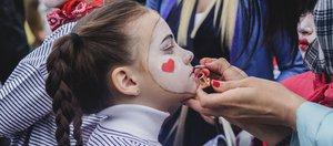 Как готовились к праздничному шествию в Иркутске