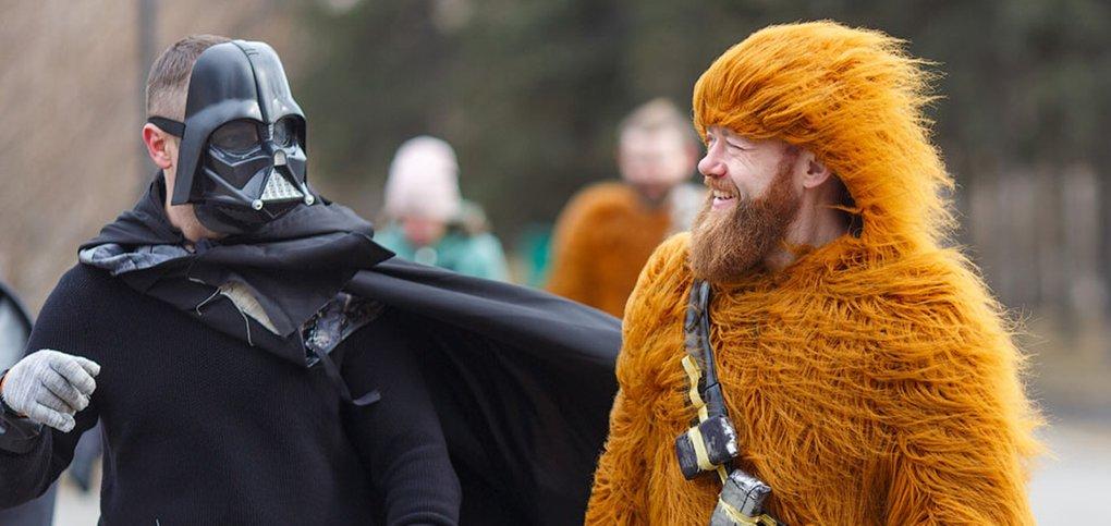 12 апреля иркутяне устроили костюмированный «субботник».