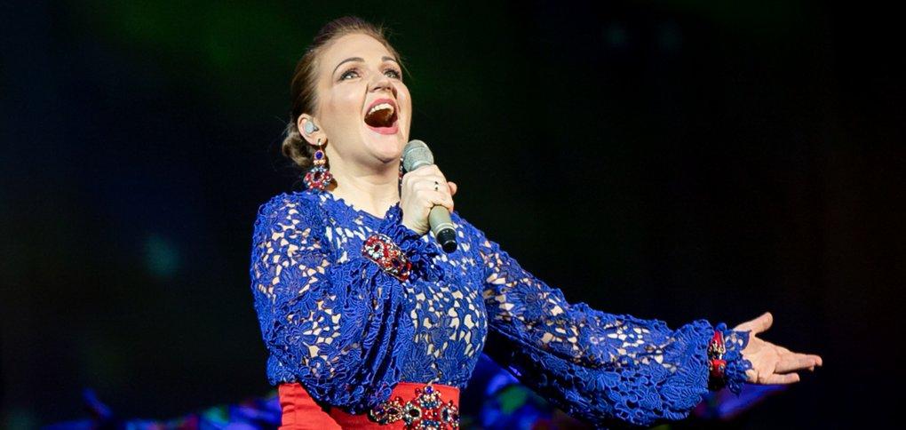 Концерт исполнительницы русских народных песен прошел в Музыкальном театре.