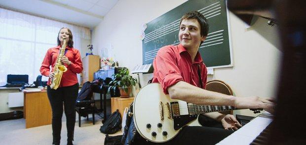 В рамках фестиваля «Джаз на Байкале» выступили юные джазмены.