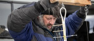 На Байкале впервые в России установили датчик измерения толщины льда