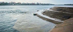 Тонем, тонем — не потонем: уровень Ангары заметно поднялся в черте Иркутска