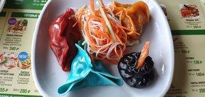 Сиропова оценила азиатские блюда в лапше-баре «Май вэй»
