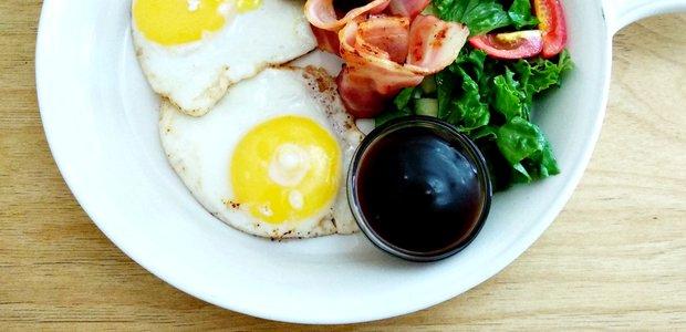 Деликатный кофе и халтурные завтраки в Cake & Coffee Union