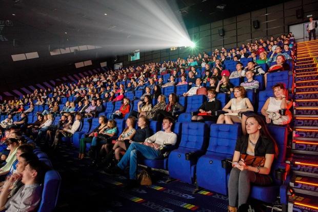 Кино в сильвер молле иркутск афиша харьков афиша кукольного театра