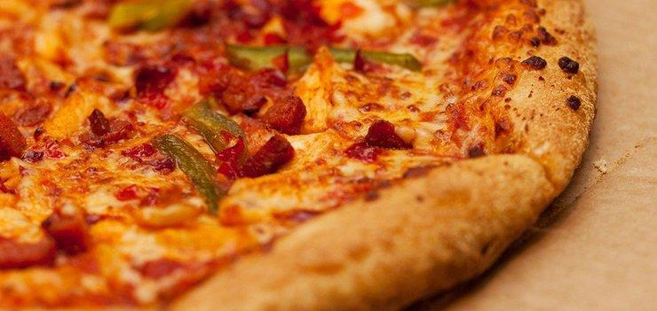 Шашлык, пицца, роллы или рамен…